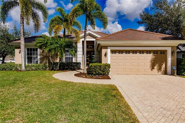 9821 Rocky Bank Dr, Naples, FL 34109
