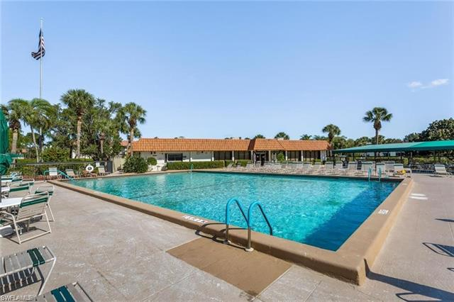 4357 27th Ct Sw 3-202, Naples, FL 34116