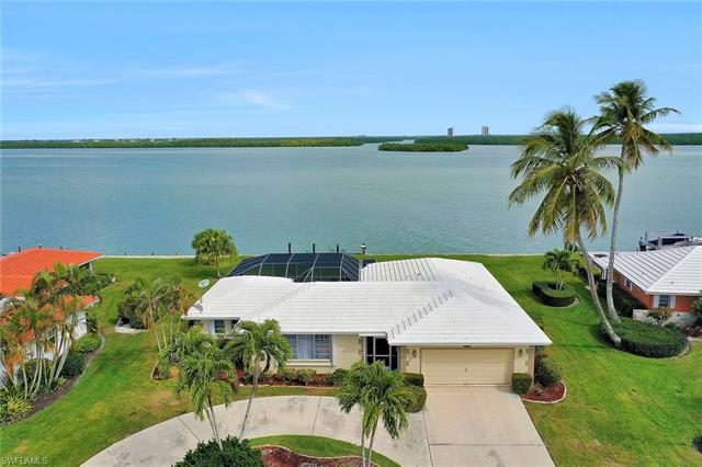 1272 Laurel Ct, Marco Island, FL 34145