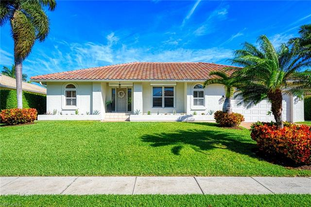 364 Colonial Ave, Marco Island, FL 34145