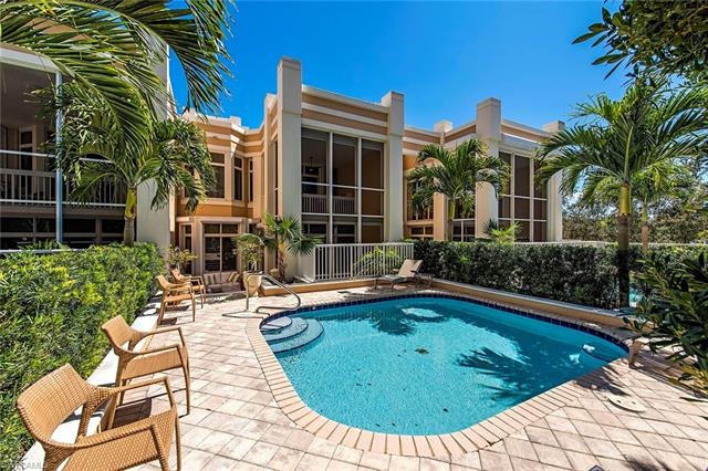 7045 Pelican Bay Blvd V-2, Naples, FL 34108