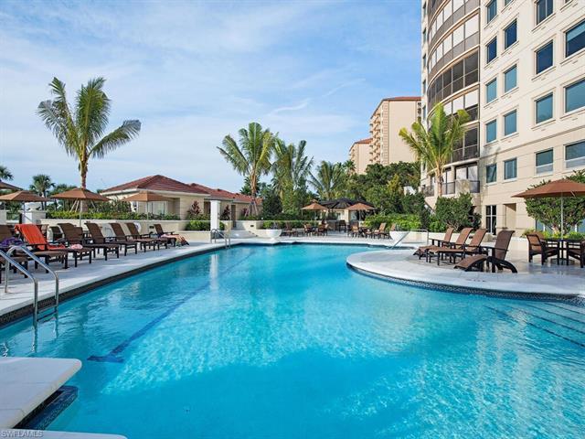 8665 Bay Colony Dr 404, Naples, FL 34108