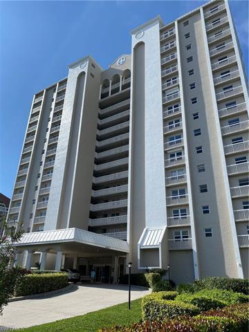 5501 Heron Point Dr 504, Naples, FL 34108