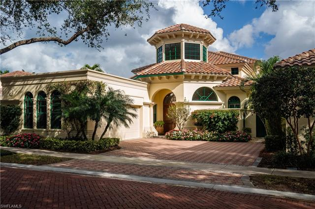 8062 Vizcaya Way, Naples, FL 34108