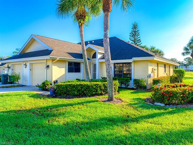 1375 Park Lake Dr, Naples, FL 34110