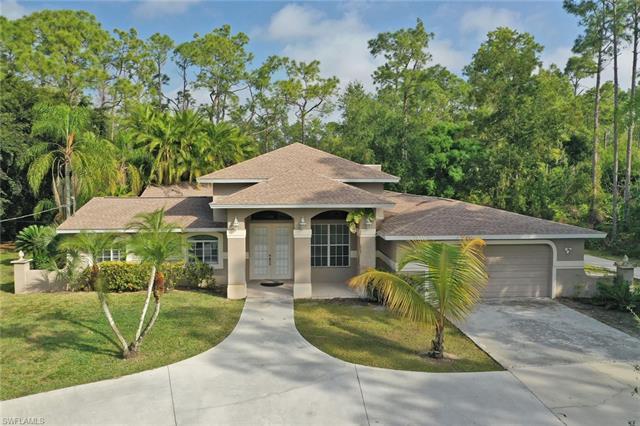 5051 Palmetto Woods Dr, Naples, FL 34119