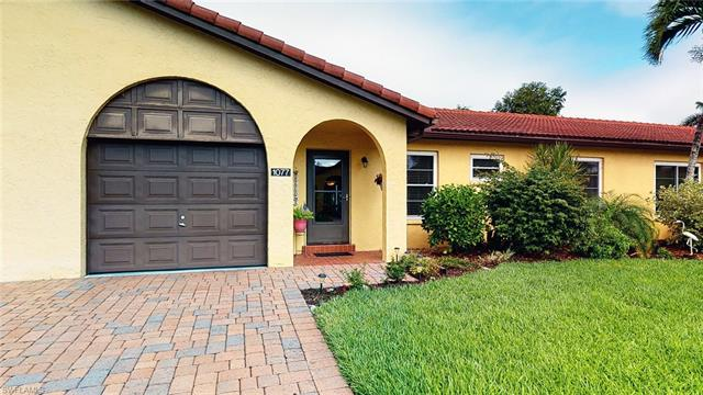 1077 Forest Lakes Dr 3-b, Naples, FL 34105