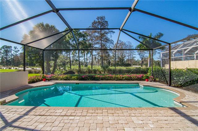 272 Edgemere Way E, Naples, FL 34105