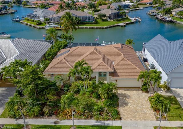 420 Edgewater Ct, Marco Island, FL 34145