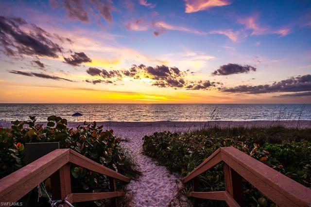 9375 Gulf Shore Dr 201, Naples, FL 34108