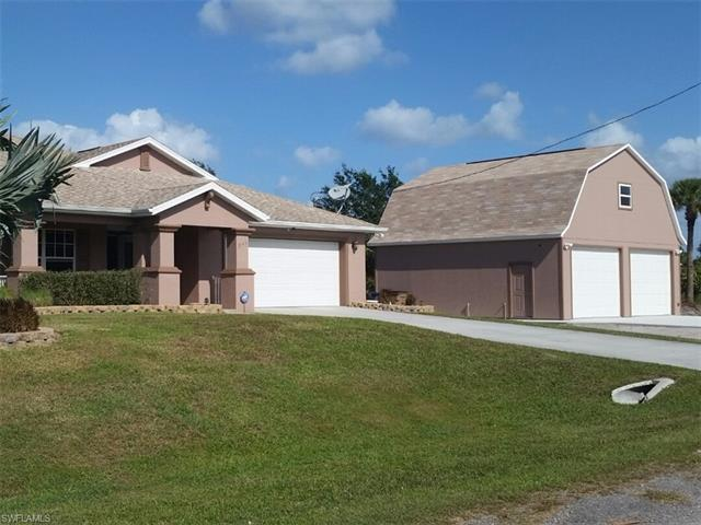 855 William Denver St E, Lehigh Acres, FL 33974