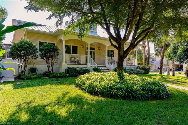790 Pan Am Ave, Naples, FL 34110