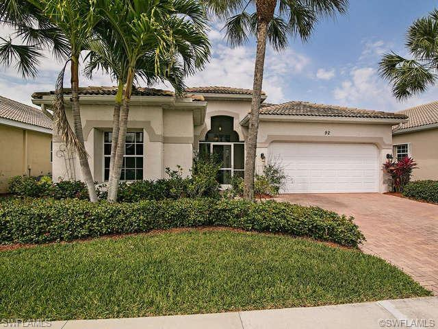 92 Glen Eagle Cir, Naples, FL 34104