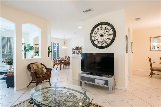 1310 Charleston Square Dr 101, Naples, FL 34110
