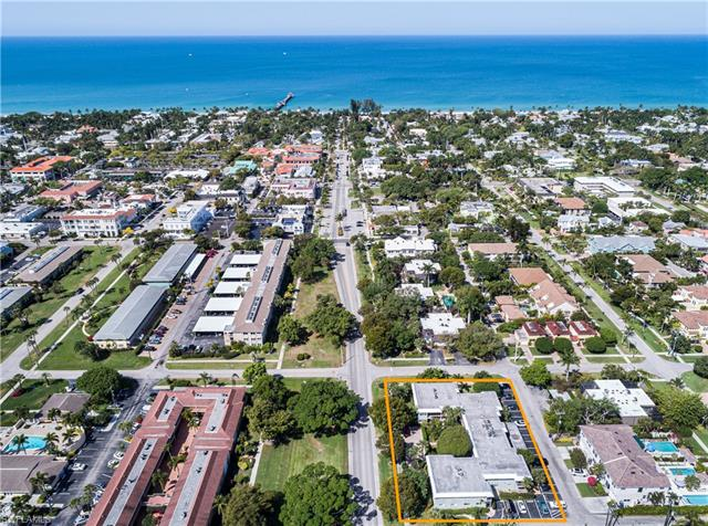 533 Broad Ave S 533, Naples, FL 34102