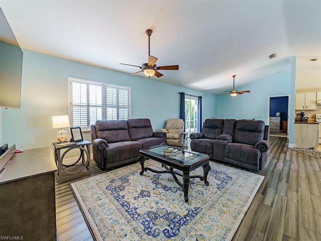 17440 Georgia Rd, Fort Myers, FL 33967
