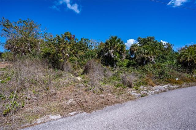 1810 April Ct, Marco Island, FL 34145