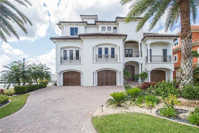 264 Bayview Ave, Naples, FL 34108
