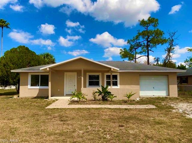 1565 Maple Dr, Fort Myers, FL 33907