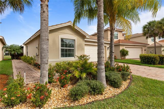 11028 Yellow Poplar Dr, Fort Myers, FL 33913