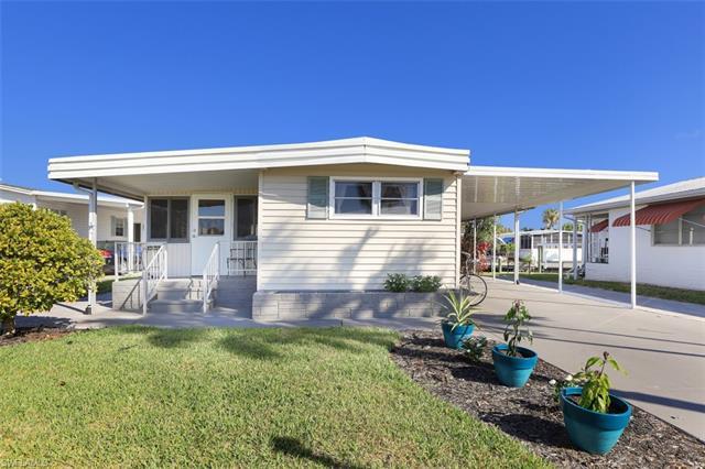11340 Cypress Ln, Fort Myers Beach, FL 33931