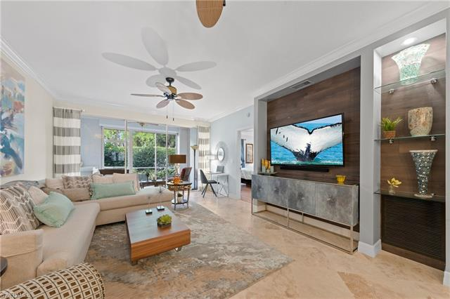 7087 Barrington Cir 102, Naples, FL 34108