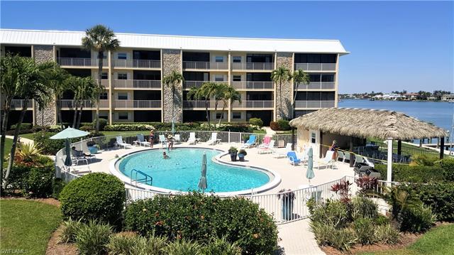 3000 Gulf Shore Blvd N 213, Naples, FL 34103