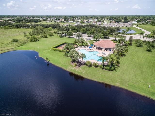 10501 Crossback Ln, Lehigh Acres, FL 33936