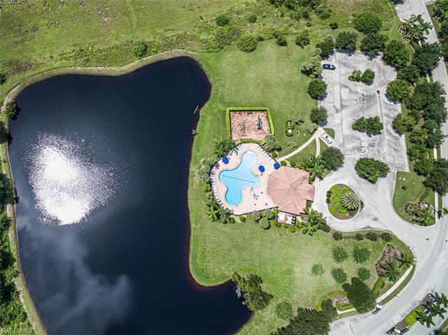 10513 Crossback Ln, Lehigh Acres, FL 33936