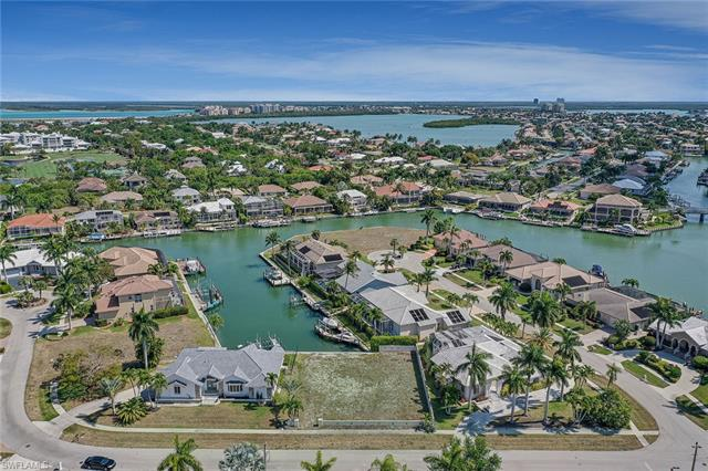 380 Cottage Ct, Marco Island, FL 34145