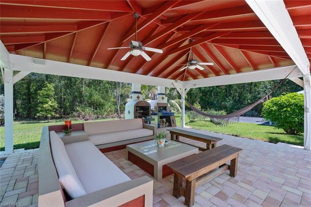 6511 Sable Ridge Ln, Naples, FL 34109