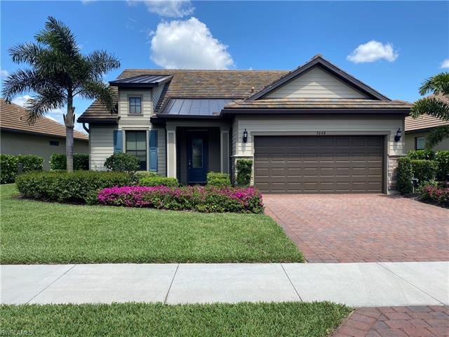 7048 Live Oak Dr, Naples, FL 34114