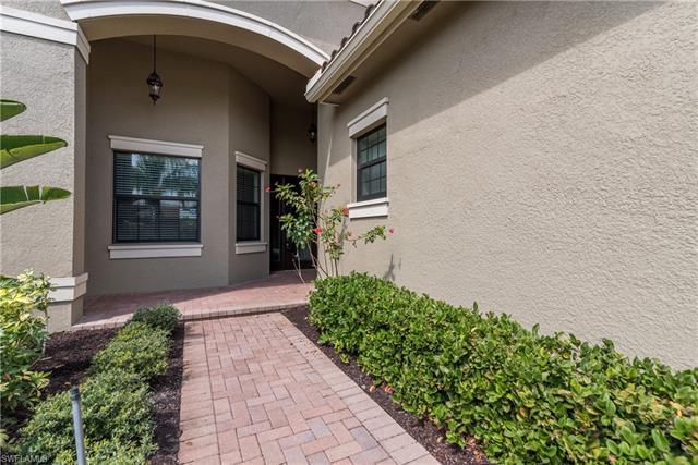 13396 Coronado Dr, Naples, FL 34109