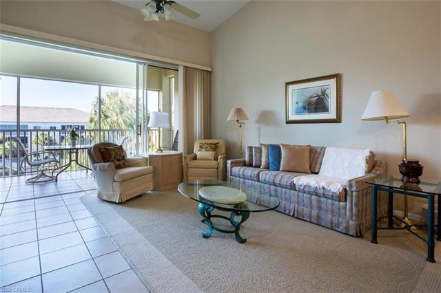 7622 Pebble Creek Cir 2-303, Naples, FL 34108