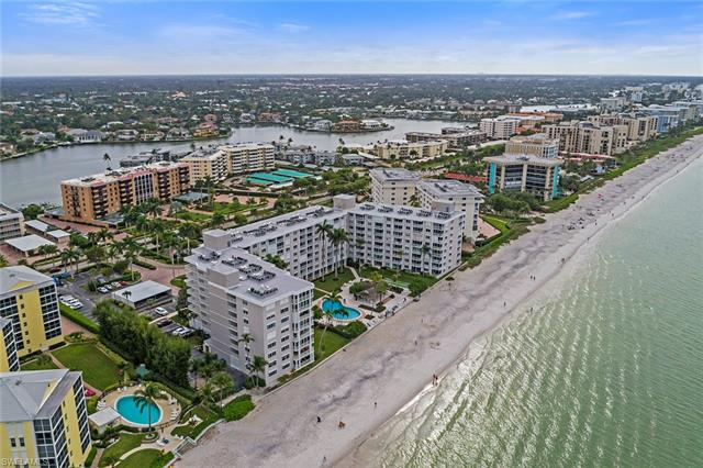 3443 Gulf Shore Blvd N 313, Naples, FL 34103
