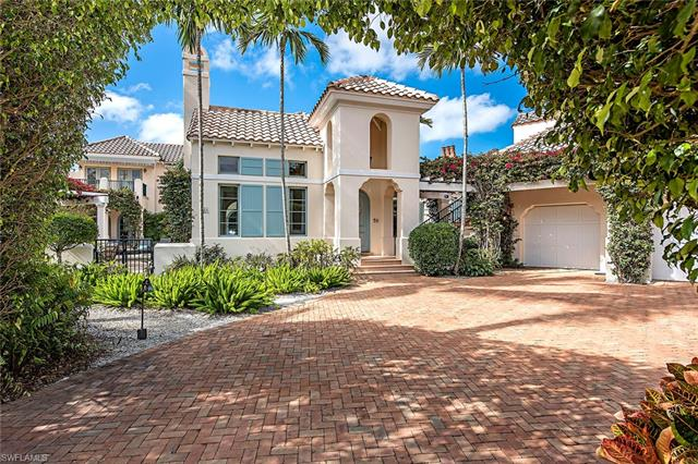 266 Little Harbour Ln, Naples, FL 34102