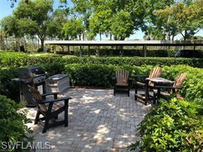380 Horse Creek Dr 303, Naples, FL 34110