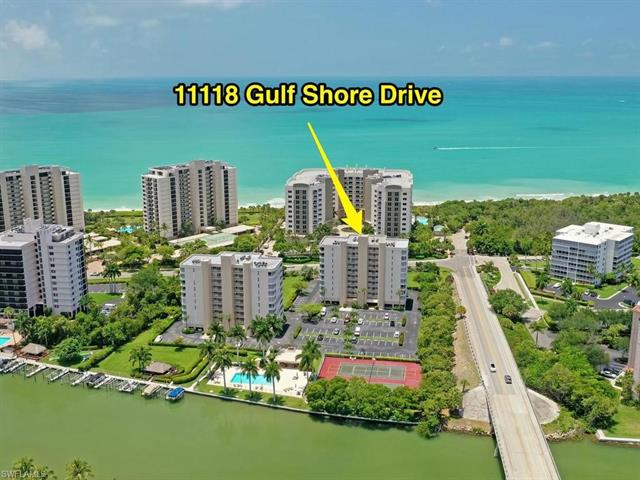 11118 Gulf Shore Dr A-301, Naples, FL 34108