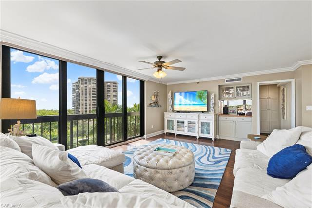 6000 Pelican Bay Blvd C-402, Naples, FL 34108
