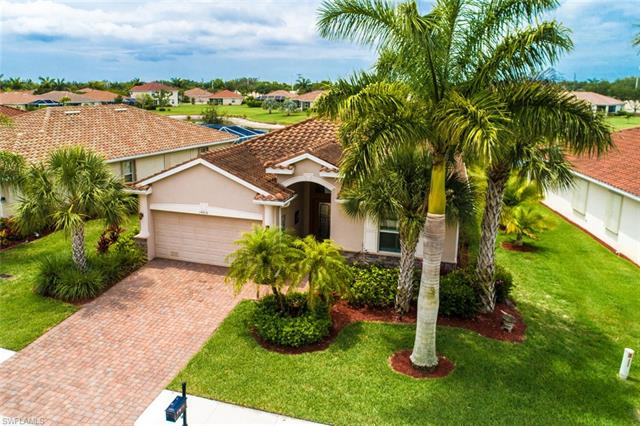 14816 Canton Ct, Naples, FL 34114