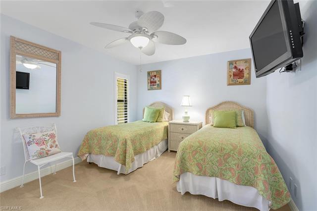 1124 Wildwood Ln 1124, Naples, FL 34105