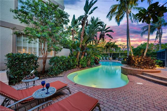 373 4th St S 501, Naples, FL 34102