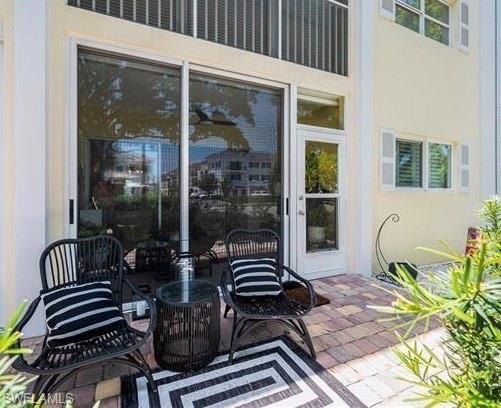 212 Banyan Blvd 212, Naples, FL 34102