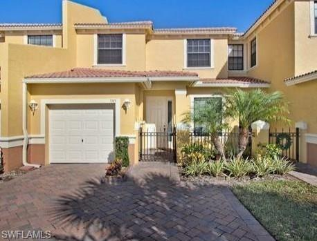 7345 Bristol Cir, Naples, FL 34120