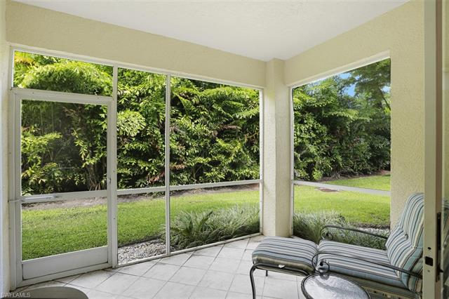 6645 Huntington Lakes Cir 104, Naples, FL 34119