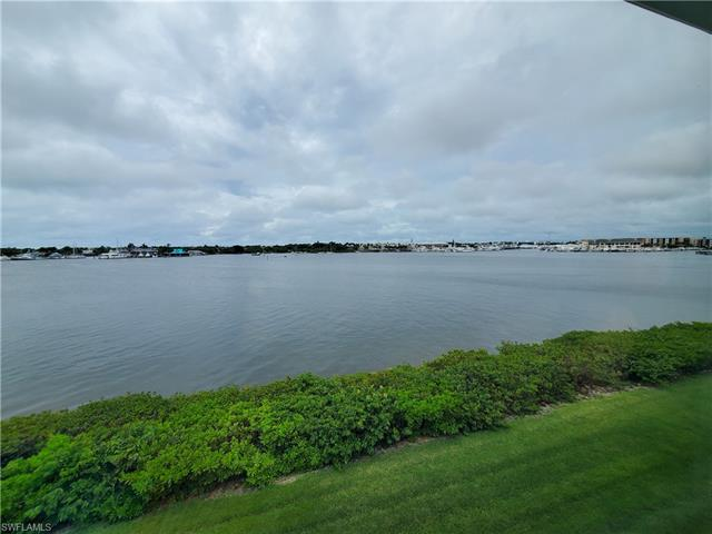 1240 Blue Point Ave B20, Naples, FL 34102