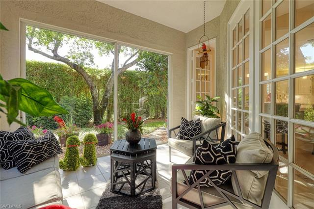 205 Colonade Cir 1702, Naples, FL 34103