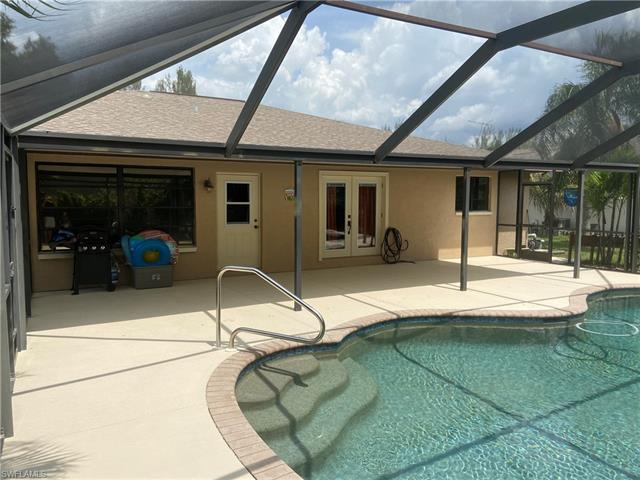 2940 5th Ave, Cape Coral, FL 33914