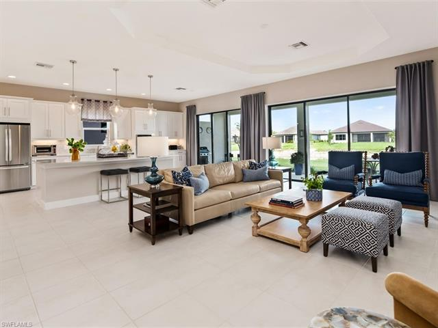 8446 Viale Cir, Naples, FL 34114