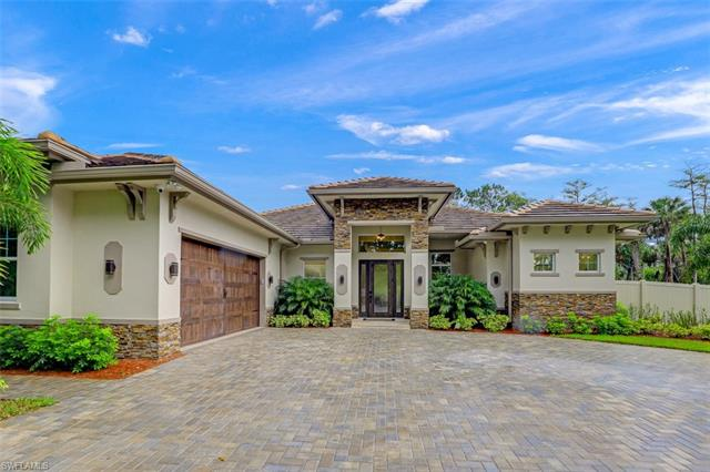 667 5th St Nw, Naples, FL 34120